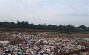 Hoài Đức, Hà Nội: Câu trả lời lạ của chính quyền về bãi rác mọc dưới lòng sông Đáy