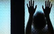 Xâm hại bé gái tâm thần, cán bộ hợp tác xã bị tạm giữ