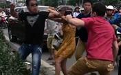Tạm giữ 2 thanh niên đánh người nước ngoài sau va chạm giao thông