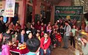Bố mẹ thủ môn Tiến Dũng mổ trâu mời cả làng