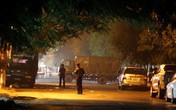 Nghệ An: Hơn 10 tiếng kêu gọi, nghi phạm vẫn ngoan cố tử thủ cùng súng và lựu đạn