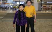 Cụ bà 90 tuổi nửa đêm ra đón ca sĩ hải ngoại Tuấn Vũ