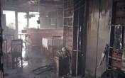 Hà Nội: Khách sạn phố cổ cháy lớn, du khách nước ngoài hoảng loạn tháo chạy