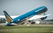 """Vietnam Airlines """"siêu tàu bay"""" đón đội tuyển Việt Nam từ Malaysia về Hà Nội"""