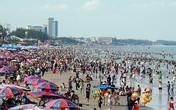 Hàng chục trẻ bị lạc cha mẹ khi tắm biển Vũng Tàu dịp lễ 30/4