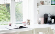 Đừng lãng quên góc cửa sổ, nó có thể giải quyết vấn đề thiếu không gian trong nhà bạn đấy!