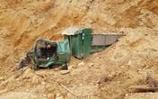 Sạt lở đất đồi làm 1 người chết ở Quốc Oai:Tạm giữ 1 máy xúc