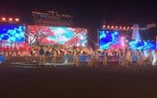 Phạm Anh Khoa bất ngờ xuất hiện trong đêm hội Hoa phượng đỏ ở Hải Phòng