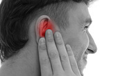 Sự nguy hiểm của ù tai khi đi máy bay và giải pháp cho bạn