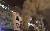 Cháy quán karaoke ở Hà Nội, nhiều người leo tầng thượng thoát thân