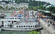 Quảng Ninh: Tàu du lịch bất ngờ bị chìm lúc rạng sáng