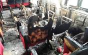 Công an điều tra vụ hội trường UBND bốc cháy sau tiếng nổ lớn
