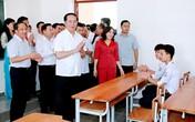 Xúc động hình ảnh Chủ tịch nước Trần Đại Quang ở ngôi trường cũ