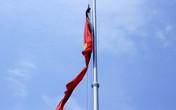 Treo cờ rủ trong ngày Quốc tang thế nào là đúng quy định?