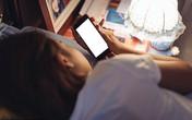 Trẻ em không được sử dụng các thiết bị điện tử ít nhất 1 giờ trước khi ngủ