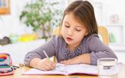 Bốn cách giúp trẻ có cảm hứng làm bài tập về nhà