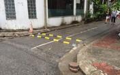 Phát hoảng với gờ giảm tốc tự chế bằng thanh sắt đặt trên phố ở Hà Nội