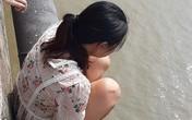 Hà Nội: Mẹ 9X bỏ lại con trên cầu Chương Dương định tự tử khiến trăm người thót tim