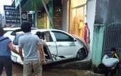 Xe 4 chỗ lao vỉa hè tông chết cô gái đi bộ ở Lâm Đồng
