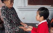 Hành động đẹp của cô bé lớp 3 ở Hà Tĩnh nhặt được tiền, vàng tìm người trả lại