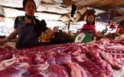 Dân văn phòng không còn dám đến cơ quan ăn sáng vì giá thịt lợn liên tục lên đỉnh khiến hàng quán tăng giá ầm ầm