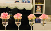 Giáng sinh lung linh và ấm cúng trong căn hộ nhỏ xinh ngập tràn hoa tươi của người phụ nữ đảm đang ở Đà Nẵng