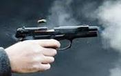 Mâu thuẫn tại quán nhậu, nam thanh niên bị bắn thủng bụng