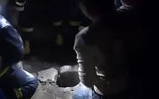 Thiếu niên 14 tuổi cứu em bé dưới hố sâu 30 m