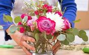12 lời khuyên về cách cắm hoa để đẹp như ngoài hàng