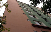 Vụ bé trai 3 tuổi rơi từ tầng 6 chung cư tử vong: Cả nhà đi vắng, chỉ có 2 bé trong căn hộ