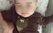 """Cậu bé 10 tháng tuổi chiến đấu để giành lấy sự sống sau khi bị y tá tiêm """"thuốc xổ"""" bằng nước sôi"""