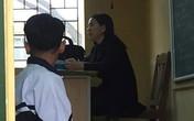 Phạt học sinh quỳ trước lớp là hành vi lạm quyền