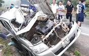 Nghệ An: Hai xe ô tô đấu đầu, một tài xế tử vong