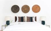 Đừng để đầu giường trống trơn, hãy khiến nó trở nên ấn tượng bằng những cách trang trí hay ho dưới đây