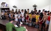Bắt hơn 40 đối tượng sử dụng ma tuý, bay lắc trong quán karaoke