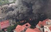 Hà Nội: Cháy lớn, nhiều biệt thự bị thiêu rụi cạnh Thiên Đường Bảo Sơn