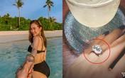 Khoe nhẫn kim cương ở vị trí đặc biệt, Minh Hằng sắp kết hôn?