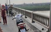 Vụ cô gái trẻ để lại xe máy nhảy xuống sông Hồng mất tích: Nhắn tin vĩnh biệt bạn trai trước khi tự tử nhưng không nói rõ địa điểm
