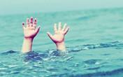 Nghệ An: Bé gái 4 tuổi tử vong khi xảy chân xuống bể bơi trong trường