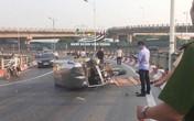 Hà Nội: Xe ba gác bất ngờ bị lật khi lên dốc cầu Vĩnh Tuy, tài xế tử vong thương tâm