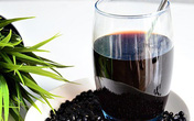 Những người nào không nên dùng nước đậu đen?