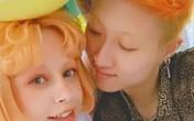 Con gái Thành Long chật vật kiếm tiền nuôi bạn đời đồng tính
