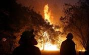 Cảm động mảnh giấy lính cứu hỏa để lại nhà dân
