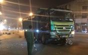 Hà Nội: Tai nạn thảm khốc khiến 2 nạn nhân nghi là vợ chồng tử vong ngay tại hiện trường