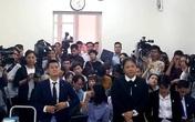 """Vụ kiện tác quyền vở """"Ngày xưa"""": Tuần Châu Hà Nội phải trả 10% tiền bán vé cho đạo diễn Việt Tú"""