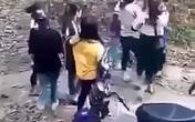 Hà Tĩnh: Mâu thuẫn trên mạng xã hội, hai nhóm nữ sinh hỗn chiến