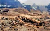 Bão số 9: Lại xảy ra sạt lở đất vùi lấp người dân ở Quảng Nam