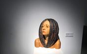 Cận cảnh hàng loạt sản phẩm điêu khắc của giới nghệ nhân hai miền khiến người dân Thủ đô trầm trồ