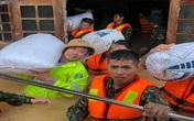 """Lực lượng biên phòng Quảng Trị giúp dân """"chạy"""" lũ"""