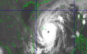 Tin khẩn cấp về bão số 13: Giật cấp 17, áp sát vùng biển Quảng Bình - Quảng Ngãi